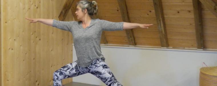 thuis yoga les van Ingrid Kooijman